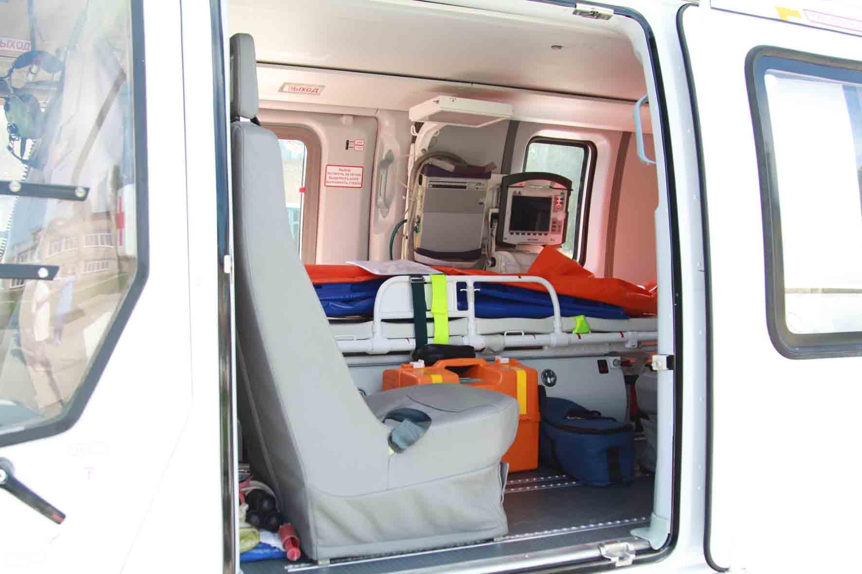 Санитарная авиация помогла пациенту Трехгорного